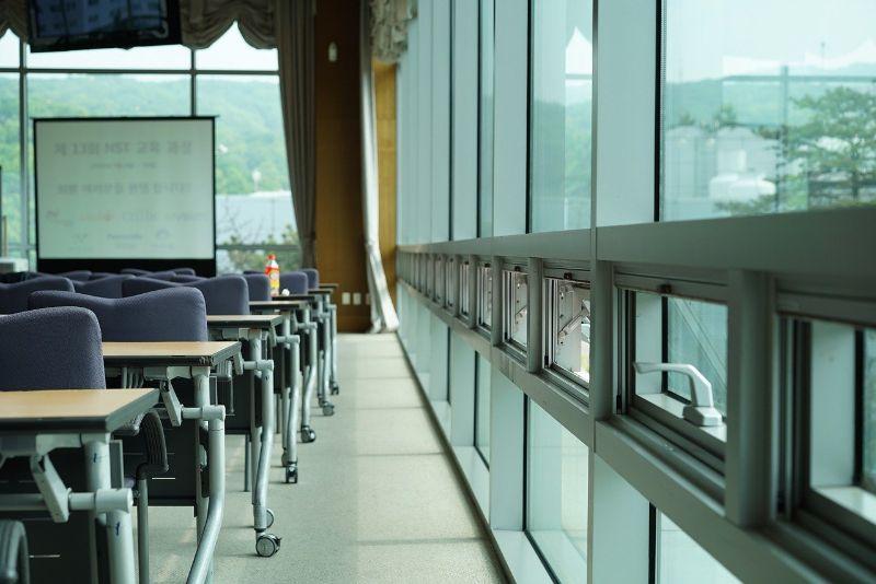 Výhody kvalitných plastových okien vzime