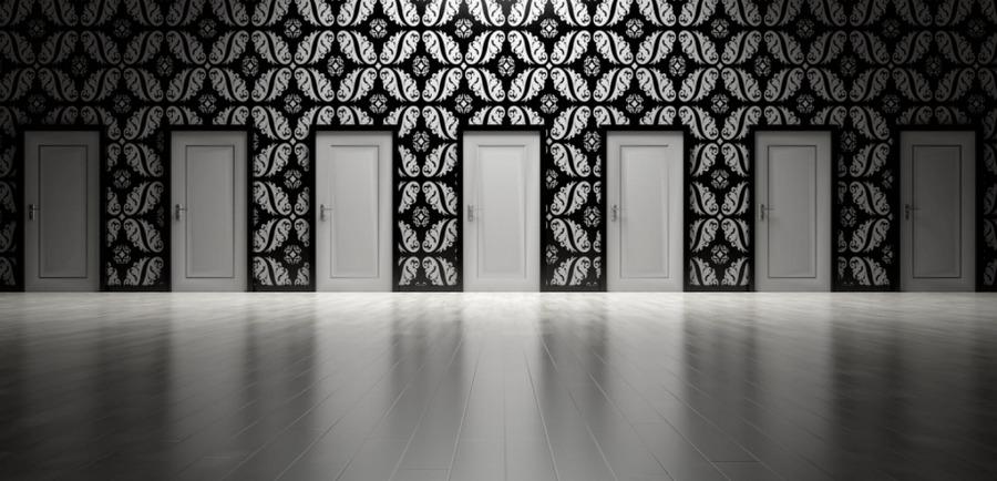Zaklopte na tie správne dvere