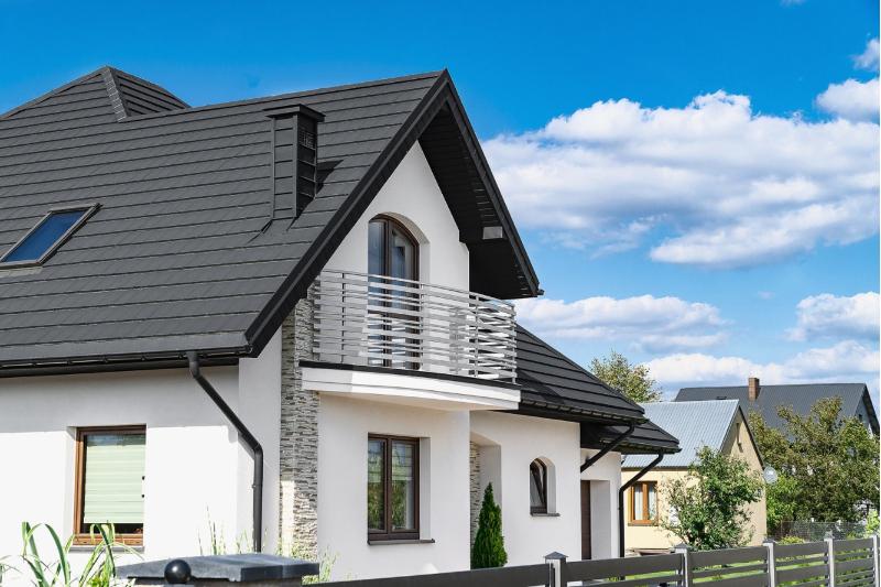 Jednoduchosť akrása plechovej krytiny na strechu